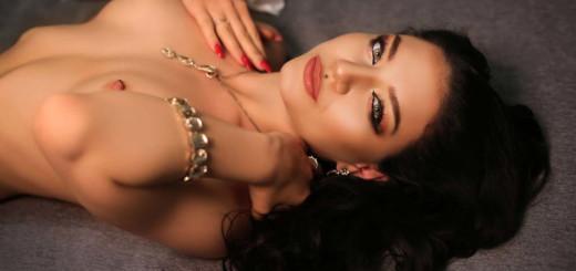Brunette Beauty JenniferRussell Webcam Show